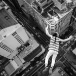What does it mean to dream about a falling picture?