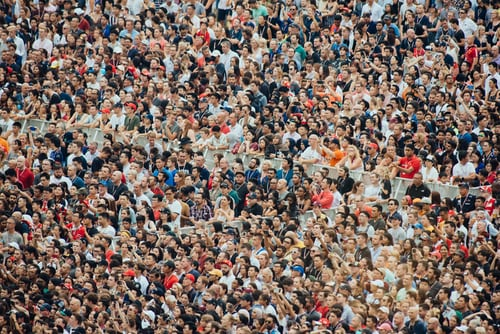 What does it mean to dream about a gathering crowd?