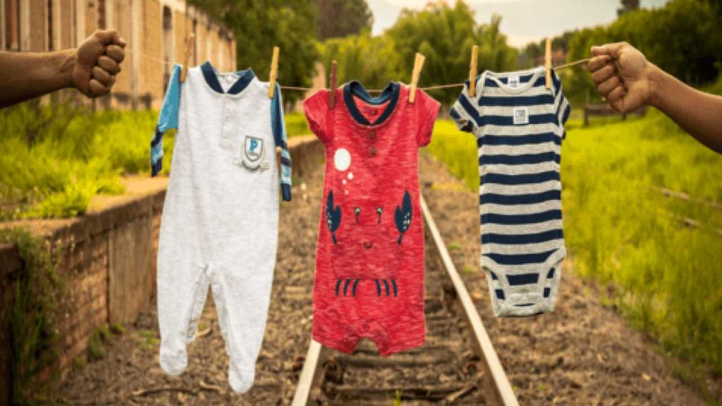 what does it mean to dream about baby clothes?